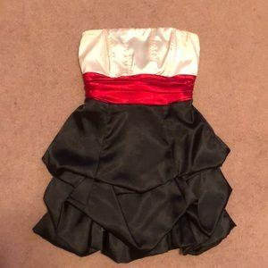 Strapless fancy dress